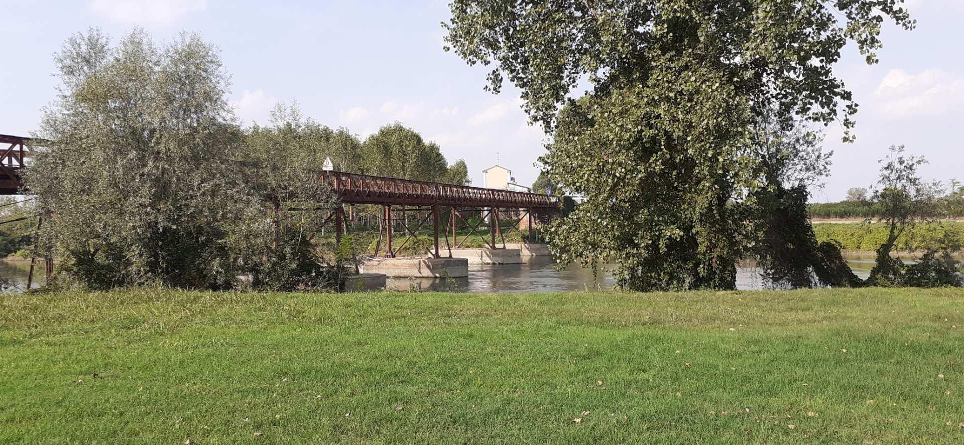 Ponte sull'Oglio tra Acquanegra e Calvatone